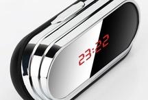 Ceasuri spy / Ceasuri de perete, birou sau de mana cu functii spion. Cele mai noi si performante modele adaptabile celor mai variate situatii.