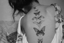 Τατουάζ με πεταλούδες