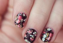 Stylin Nail Designs  / by Sarah Hanson