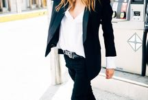 I love suits and this is definitely the rockstar way to wear them #keepingsuitscasual