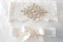 Wedding Accessories / Garters, Veils, Shoes & Rings