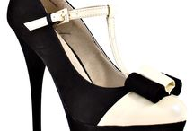 SHOESSSS / by Katie Vernon