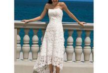 Beach wedding / beach wedding style