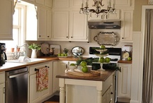 Kitchens / Kitchens / by Amanda Ayala