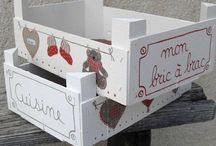 Cajas / by Maria