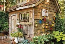 Garden sheds & summer/green houses / A selection of garden sheds, greenhouses and summer houses