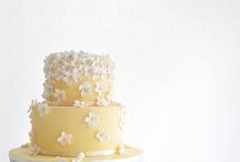 cakes / by Rochelle Rochelle