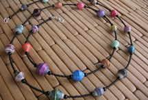 Paper bead jewellery / by Pauline Tonkin