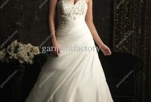 Wedding Dresses  / by Miranda Ashmore