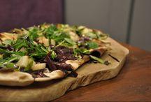 Pizzas & Flatbreads.....