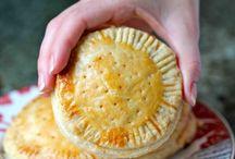 Pies & Pastries / by Jennifer Creviston