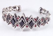 Jewelry Worth Pinning / by Deborah Hirvonen
