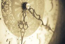 """Le temps suspendu / """"Elle était mon horloge cassée, l'infini à portée de mes lèvres.""""David Foenkinos"""