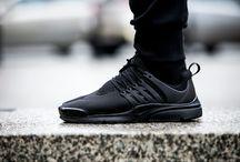 "Nike Air Presto ""Black"" (305919-009)"