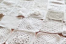 Crochet Blankets / Free patterns, tutorials and inspiration pictures for making crochet blankets, afghans, pillows and samplers.