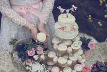 Wedding: Bridal Gowns / by Amy Brinkerhoff