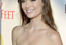 lovelies / Summer Glau