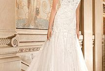 Wedding dresses and accessories / bridal gowns, hair accessories, bridal shoes and purses