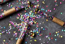 New Year's Eve Party Ideas / Let's start the New Year off right! Ideas for ringing in the new year with a bang! New Year's Eve Invitations, New Year's Eve Decorations, New Year's Eve Party ideas, New Year's Eve Printables, New Year's Eve Favor Ideas, New Year's Eve Recipes!