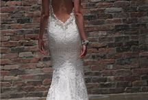 Wedding Dresses / Beautiful wedding dressed and gowns that will blow them away.  / by Adiamor