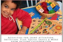 Lesson Ideas and Activities for Young Children with Autism Inspired / Photos inspired by the AutismClassroom.com book Lesson Ideas and Activities for Young Children with Autism:  Activities, Apps & Lessons for Joint Attention, Imitation, Play, Social Skills, Sensory & More