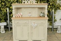 I Heart shabby chic furniture / by Sharon Paysse