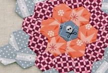 Mixed epp quilt inspiration / by Lisa H