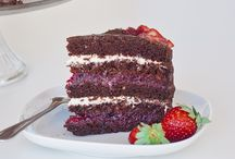 Cakes I need / by The Princess Bridal (PrincessBridal3)