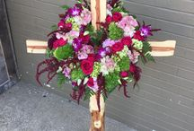 Sympathy Arrangements / Sympathy Flowers, Funeral Arrangements