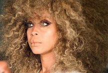 Famous Girls in Curls / by la fr