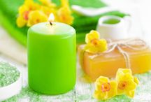 Spring Fling / It's spring time! Spice up your bathroom space with some spring flavor!