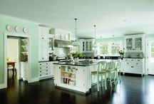 Kitchen Lighting Ideas / The kitchen is often the heart and center of the home. Make it a cozy place worth loving with great kitchen lighting tips and products.