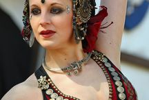 Bellydance accessories and headpieces