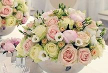 Pastel Coloured Wedding Flowers / A board filled with inspiration for pastel coloured wedding flowers and wedding décor.