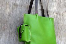 Handbags & Tote Bags
