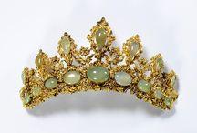 tiaras, crowns