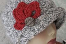 neulottu harmaa hattu