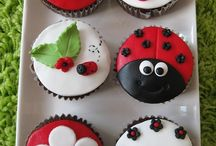 Törtchen, Kuchen und Leckereien