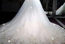 weddingdresses.