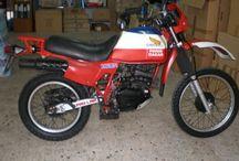 Maximilianos Diakogiannis / Honda XL Dakar restoration
