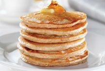 Paleo Breakfast Ideas / Paleo Breakfast Recipes as well as ideas for Paleo breakfasts without eggs