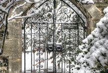 GATES & DOORS   &   DOOR KNOCKERS