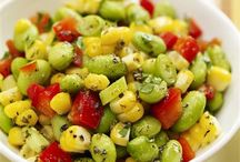 Salad Recipes / Toss up one of these delicious salad recipes & ideas any day of the week – no oven required.