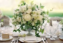 Table Perfection / Organic chic tablescapes that celebrate the beauty of floral and botanical styling