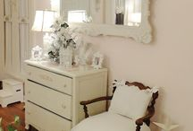 Home - Bedroom / by Heather Peninger
