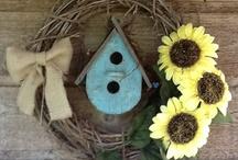Crafty & DIY  Ideas / by Michelle Smith
