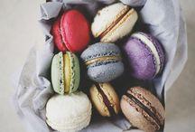 Macarons / Beautiful macaron photos for food styling and food photography inspiration