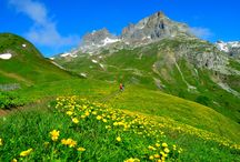 Hiking in the French Alpes / Hiking in Parc des Ecrins and many other beautiful hikes in the region nearby Auberge la Cure