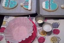Baking Tutorials & Tips / by Papeℓ Couture  {Yaʑ