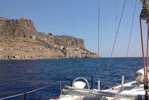 Lugares de interės / Navegando por las aguas griegas